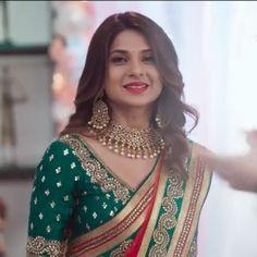 zoyaa❤️❤️ looking pretty Sari Design, Indian Tv Actress, Indian Actresses, Orange Lehenga, Jennifer Winget Beyhadh, Jennifer Love, Stylish Girl Pic, Indian Beauty Saree, Indian Designer Wear