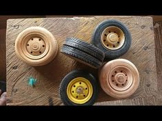 How to Make Miniature Truck Wheels from Wood Cardboard Model, Model Cars Building, Wooden Truck, Miniature Cars, Truck Wheels, Toy Trucks, Miniture Things, Wood Toys, Diy Toys