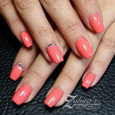 Zahira's Nail Design