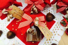 Essbares unterm Baum: Maronencreme zum Dahinschmelzen. Auf Hefezopf, im Joghurt oder als Topping für euer Weihnachtseis. http://eat.dasbestefuergaeste.de/blog/essbares-unterm-baum