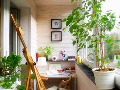 Michelle - Blog #The #sunroom is #transformed into #office Fonte : http://www.lushome.com/balcony-enclosures-decorating-ideas-22-small-sun-rooms/74848