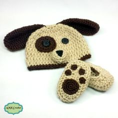 Newborn Baby Boy Puppy Hat and Paw Print Booties Crochet Pattern by AMKCrochet.com