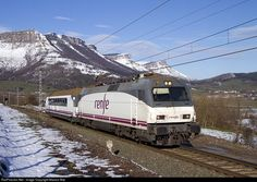 RailPictures.Net Photo: 252.048 Renfe Siemens/Krauss-Maffei 252 at Delika (Alava), Spain by Marcos Maté: