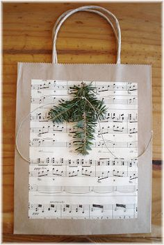 Home made Christmas gift bags, very cute!