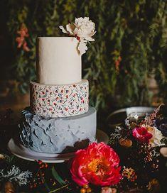 Bold Winter Garden Wedding Inspiration   Green Wedding Shoes Wedding Blog   Wedding Trends for Stylish + Creative Brides