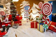 Don't forget to stop and eat the roses: December 2014 Tree Skirts, Advent Calendar