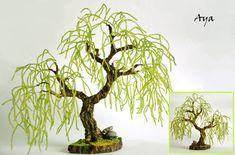 Beaded tree.Verdurous Willow