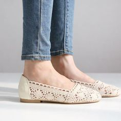 Casual And Sweet Style Round Closed Toe Cream Colored Flats-wonder if I could make something similar with flats and doilies?