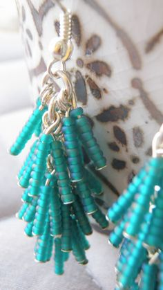 seed bead earrings                                                                                                                                                      Más