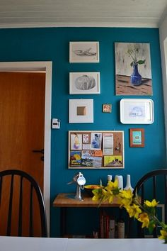 jan's thrifty modern kitchen. | small cool kitchens 2012 via design sponge.