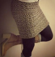 Now also with English and Dutch pattern:  Multifunctionele Gehaakte Sjaal / Multipurpose Crocheted Scarf/Shrug/Skirt