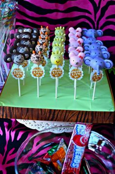 Cake pops at a Jungle Party #jungle #partycakepops