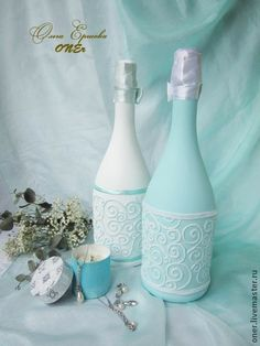 Tiffany style (оформление шампанского на #свадьбу #wedding). Бирюзовый цвет - цвет нежности, мечтаний и грез, беспечности и роскоши. Утонченный декор дает свободу в использовании: можно использовать как свадебное шампанское (ленты будут в #подарок), так и просто как красивый… Champagne Asti Martini . #Handmade decor #свадебое #свадьба свадебные аксессуары, #свадебныетрадиции oner-art.ru