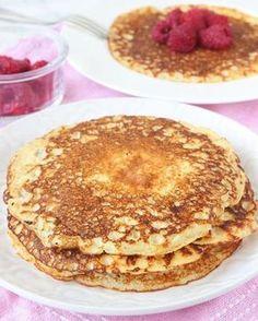 Kvargpannkakor utan vetemjöl Cake Recipes, Snack Recipes, Dessert Recipes, Kolaci I Torte, Breakfast Snacks, Pancakes And Waffles, Healthy Treats, Food Inspiration, The Best