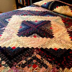 Traditional Blue and White Log Cabin Quilt