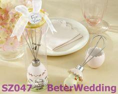 """"""" sobre a escotilha"""" inoxidável- aço batedor de ovos em caixa de presente vitrine sz047      Lembrancinhas originais para casamento, Lembranças de Casamento Originais 上海倍乐婚品  http://aliexpress.com/store/product/Wedding-Dress-Tuxedo-Favor-Boxes-120pcs-60pair-TH018-Wedding-Gift-and-Wedding-Souvenir-wholesale-BeterWedding/512567_594555273.html #artesanatomoda #artes #Lembrancinhas  #LembrançasdeCasamento"""