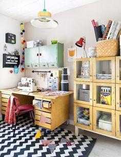 Toimiva työhuone. Inspiring working place. | Unelmien Talo&Koti Kuva: Camilla Hynynen Toimittaja: Jaana Tapio