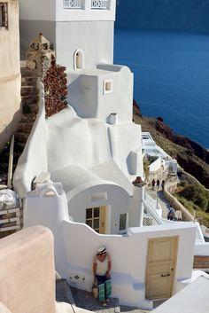 Oia - Santorini https://www.myguidegreekislands.com