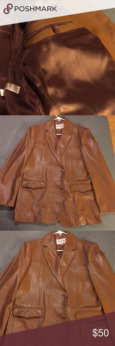 Men's Genuine Leather Jacket By Scully Scully since 1906 Men's Leather Jacket Size Large With Satin Lining. This is one Beautiful Heavy Leather Jacket!! No rips or tears Smoke Free Home. Scully Jackets & Coats Blazers