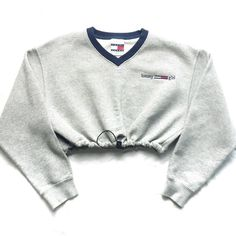 Vintage Reworked Tommy Girl Crop Sweatshirt (780 ARS) ❤ liked on Polyvore featuring tops, hoodies, sweatshirts, shirts, sweaters, crop tops, cut-out crop tops, white crop tops, tommy hilfiger and vintage tops