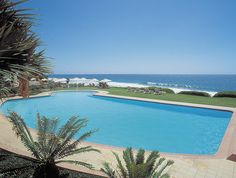 Poolside at the beautiful #BeverlyHillsHotel in Durban #Durban #Hotel #DurbanAccomodation