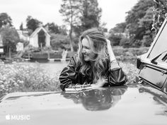 Chloé lança canal na plataforma Apple Music