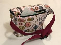 Sewing waist pack with insert pouch | Craftsy