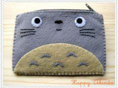 Totoro My Neighbour felt wallet Ghibli Collection Totoro, Felt Phone Cases, Felt Case, Miyazaki, Felt Wallet, Felt Embroidery, Leather Books, Leather Journal, Felt Crafts