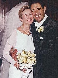 Actor Barry Williams (The Brady Bunch) was married to Eila May Matt 1999-2005.