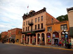 Bullock Hotel offer ghosts tours every Friday and Saturday night at 5:30 pm.