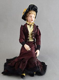 DOLL HOUSE MINIATURE ELEGANT PORCELAIN VICTORIAN GRANDMA  DOLL POSEABLE