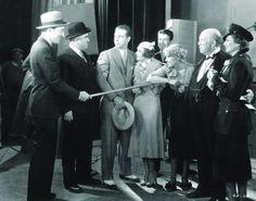 Joan Blondell, Ruby Keeler, Guy Kibbee, Aline MacMahon, Dick Powell and Warren William in Gold Diggers of 1933,  Mervyn LeRoy