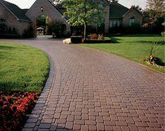 Oaks Romanesque Concrete Pavers Available @ Dale's Landscaping Supply, Roseville, MI #OaksPavers #Romanesque #DalesLandscapingSupply #DLS