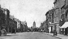 Old photograph of George Street, Edinburgh, Scotland Edinburg Scotland, Old Photos, Vintage Photos, Old Town Edinburgh, Uk Holidays, Old Street, Kilts, British Isles, Capital City