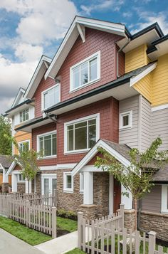 Reef Townhomes Exterior
