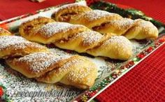 Almás csavar recept fotóval My Recipes, Bread Recipes, Baking Recipes, Cake Recipes, Hungarian Desserts, Hungarian Recipes, Ital Food, Sweet Cookies, Bread And Pastries