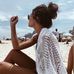 beach babe, beach bum, white kimono, beach day, california girl, fashion blogger, summer style | @jamialix