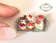 2017, Miniature cakes ♡♡ by Berry Rose