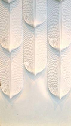 Plaster surface par FAMEED KHALIQUE – Exquisite materials for the interior design industry
