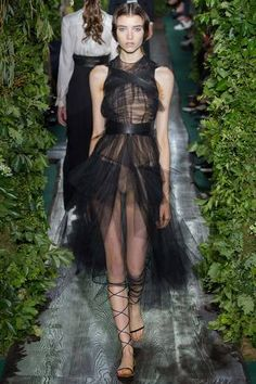Valentino Fall 2014 Couture Collection Slideshow on Style.com