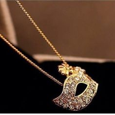 Cute rose gold mask necklace. Ships within 1.5 weeks. Price is firm. KINEGA Jewelry Necklaces