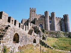 Castelo de Obidos 6/12 Portugal Vacation, Places In Portugal, Visit Portugal, Spain And Portugal, Real Castles, Beautiful Castles, Chateau Medieval, Medieval Castle, Places Around The World
