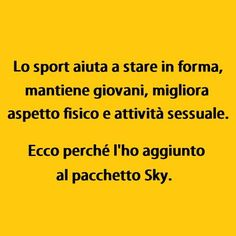 ecco perche' l ho aggiunto a sky Smile Quotes, Funny Quotes, Funny Images, Funny Pictures, I Love Sarcasm, Italian Humor, I Smile, Laugh Out Loud, Quotations
