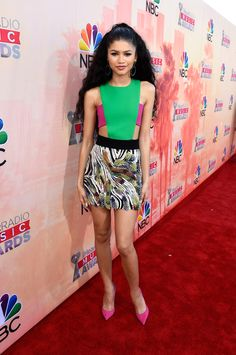 Zendaya also went for a bold look in a fashion-y take on a romper with a flirty pink crop top and matching pumps.   - Seventeen.com