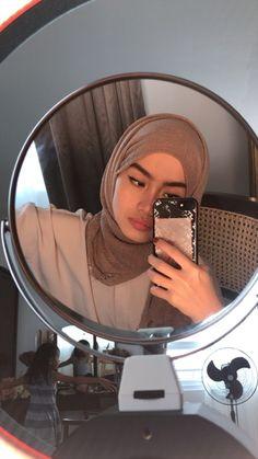 Modest Fashion Hijab, Modern Hijab Fashion, Street Hijab Fashion, Modesty Fashion, Muslim Fashion, Casual Hijab Outfit, Hijab Fashion Inspiration, Hijabi Girl, Girl Hijab
