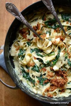 eintopf: pasta with spinach - przepisy dany - Makaron Pasta Recipes, Vegan Recipes, Dinner Recipes, Cooking Recipes, Health Dinner, Work Meals, Spinach Pasta, Mediterranean Diet Recipes, Lunch To Go
