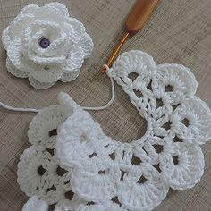Discover thousands of images about Best 11 Crochet Flowers – FREE Crochet Flower Patterns – SkillOfKing. Crochet Diy, Crochet Flower Tutorial, Crochet Amigurumi, Crochet Flower Patterns, Crochet Motif, Crochet Crafts, Crochet Flowers, Crochet Stitches, Crochet Projects