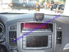 Mitsubishi Pajero, viva voce bluetooth Parrot MKi9200