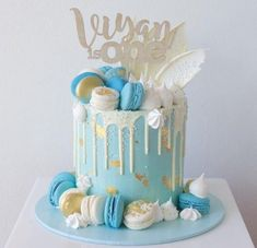 New baby boy cake christening birthday parties ideas Birthday Drip Cake, Blue Birthday Cakes, Boys 1st Birthday Cake, Birthday Parties, Baby Shower Drip Cake, Idee Baby Shower, Baby Shower Cakes, Baby Boy Cakes, Cakes For Boys