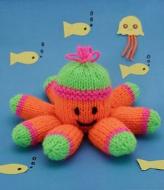 Free octopus knitting pattern Enjoy this lovely little octopus pattern. He can be made with odds and ends that you have left and a little toy stuffing. Why not make a little pocket mascot in your team colours? Baby Knitting Patterns, Knitting Yarn, Free Knitting, Knitted Toys Patterns, Knitted Dolls Free, Crochet Patterns, Knitting For Charity, Double Knitting, Softies